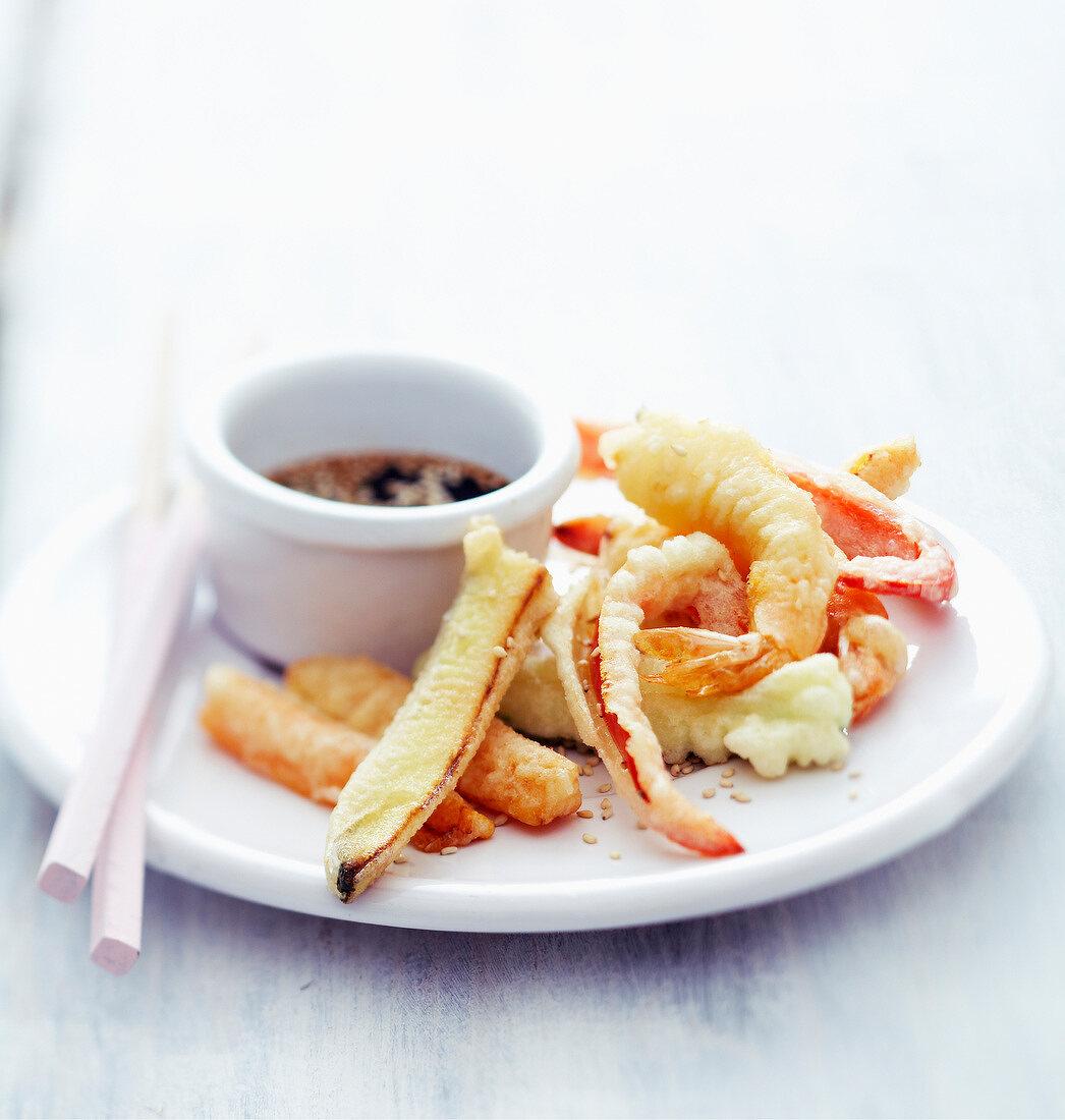 Vegetable and shrimp Tempuras