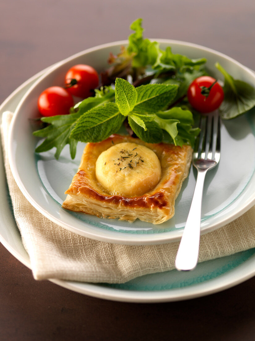 Goat's cheese puff pastry pie