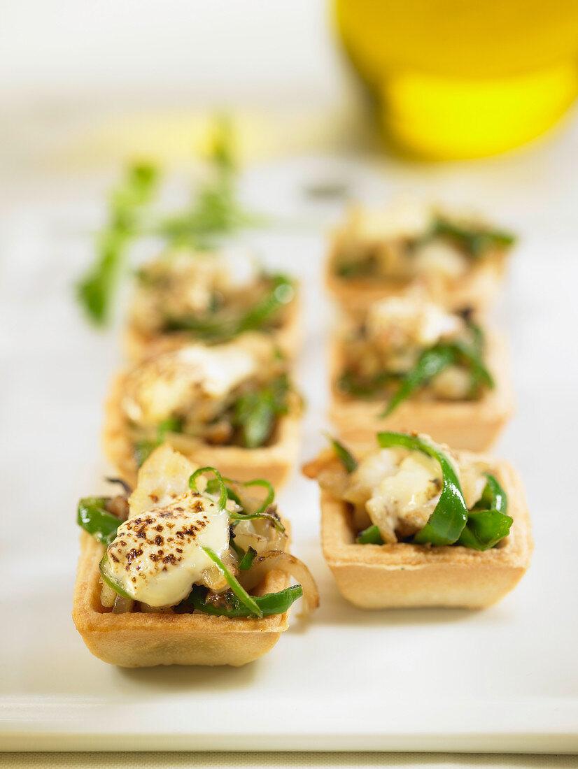Salt-cod,green pepper and aïoli mini tarlets