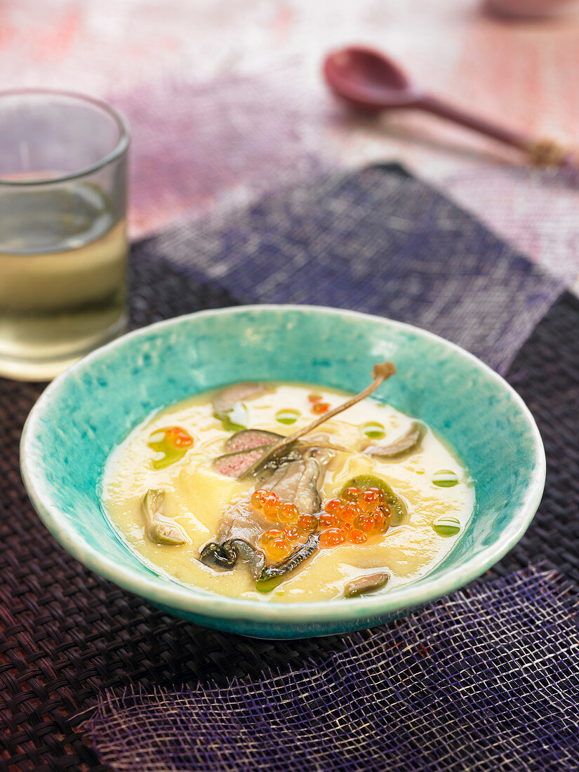 Cream of white bean soup with oysters and fish roe
