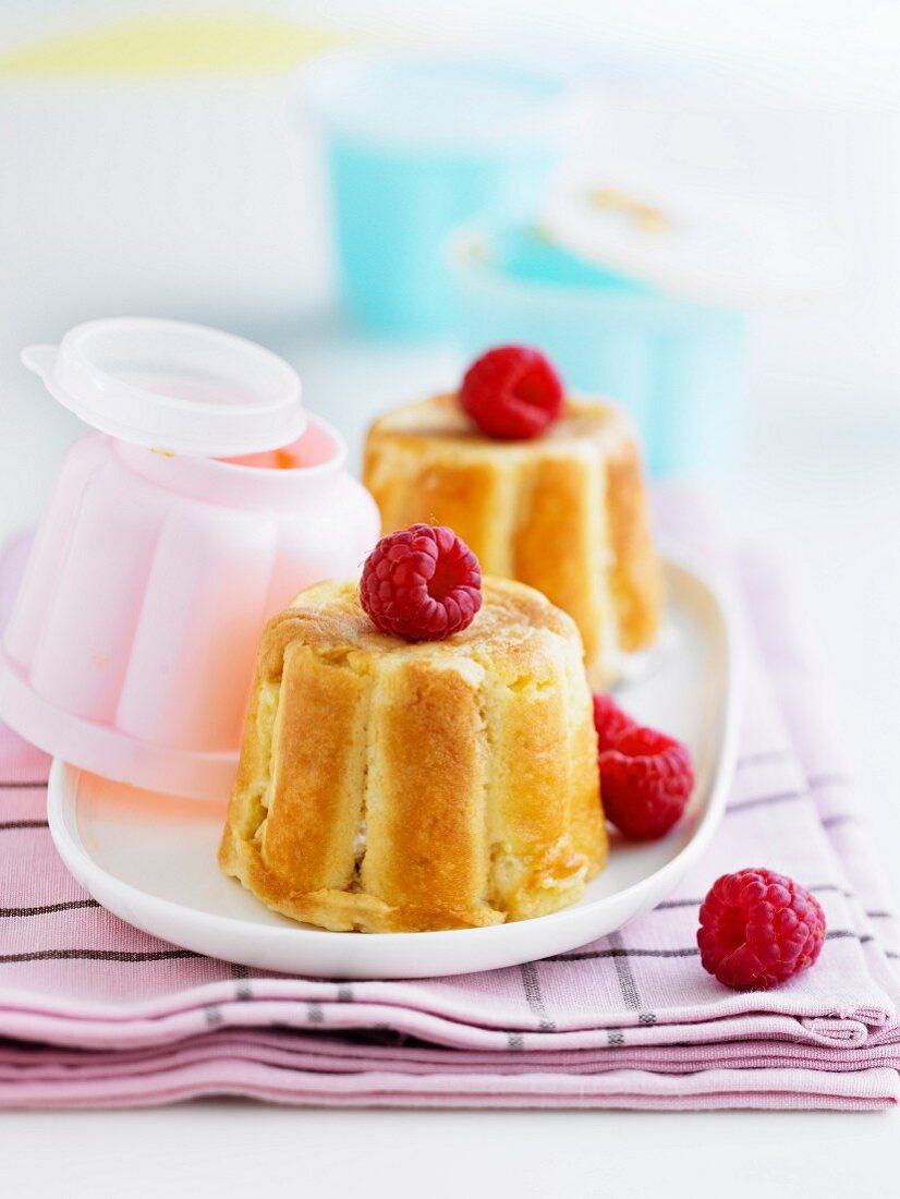 Mini raspberry charlottes