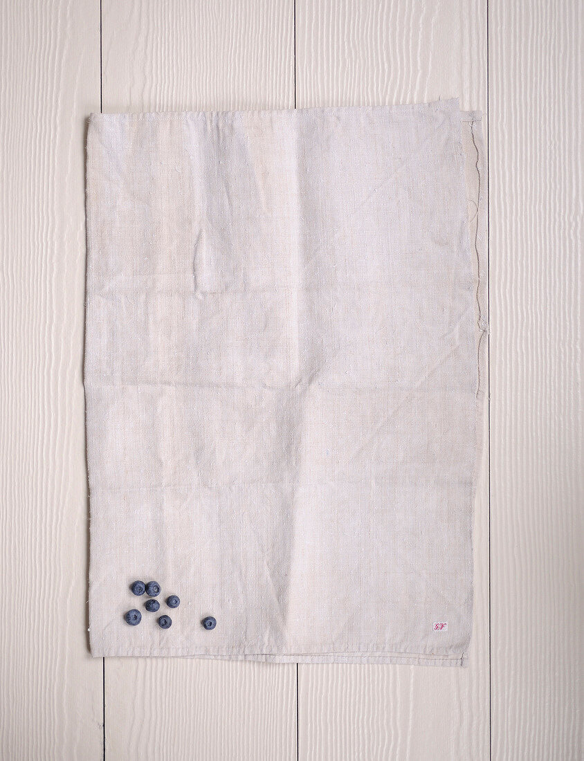 Bilberries on a cloth