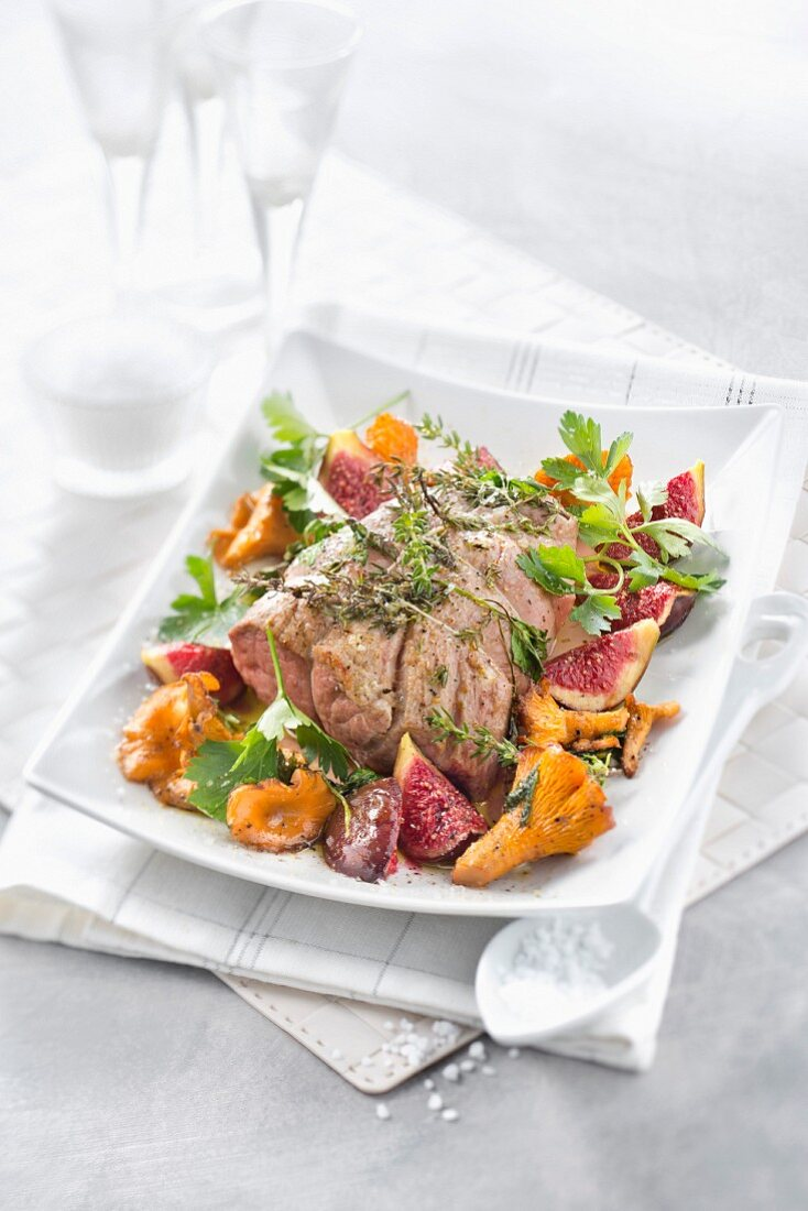 Veal Filet mignon with herbs, figs and roasted chanterelles