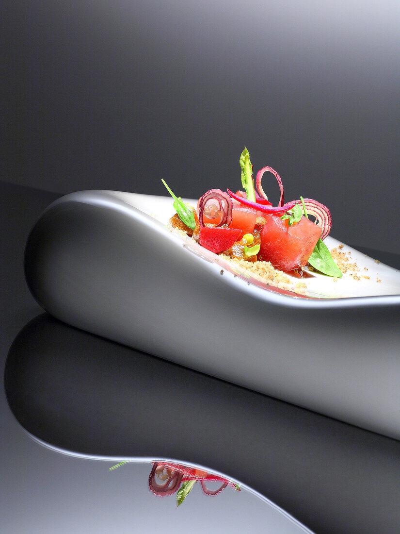 Square of tuna with sorrel,Thai-style mini asparagus