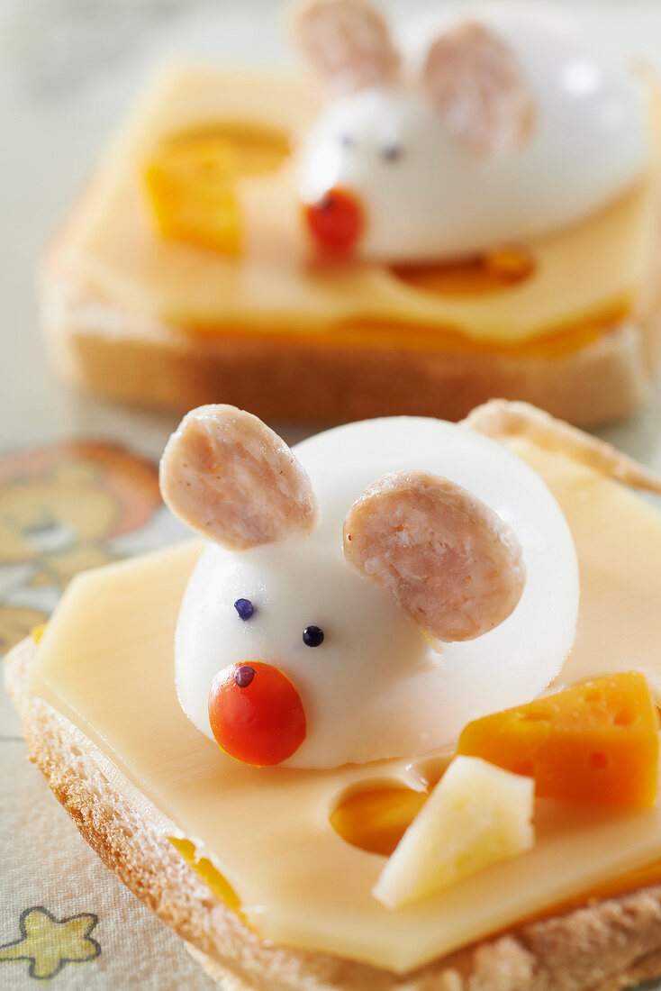 Breton mouse on two cheese toast