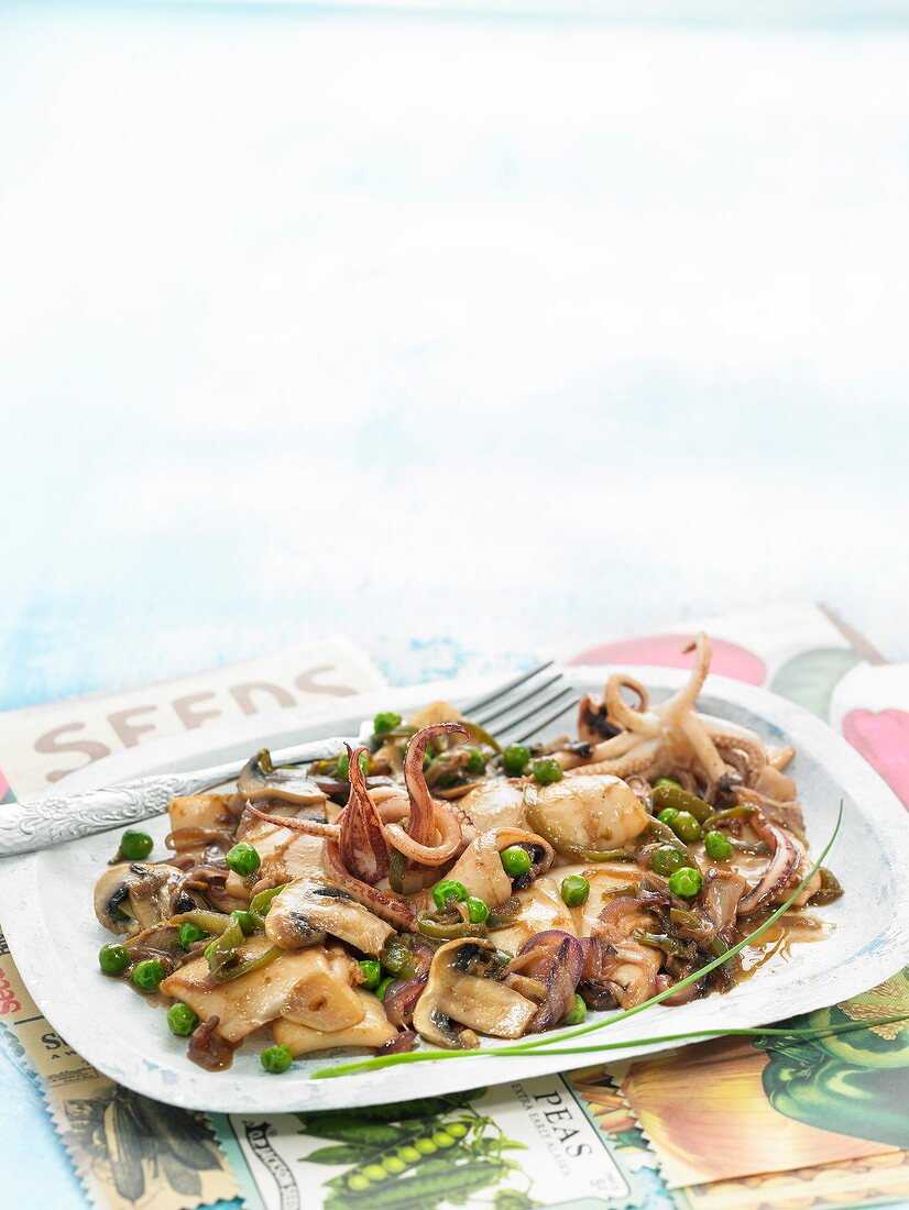 Squid, pea and button mushroom stew