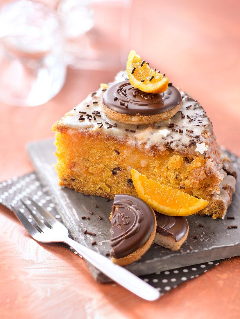 Halloween and orange Pim's carrot cake