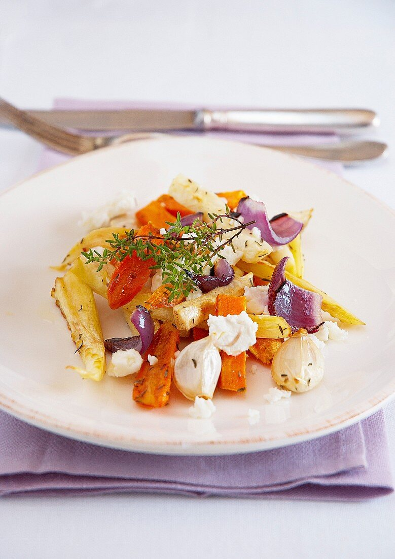 Pan-fried autumn vegetables with feta