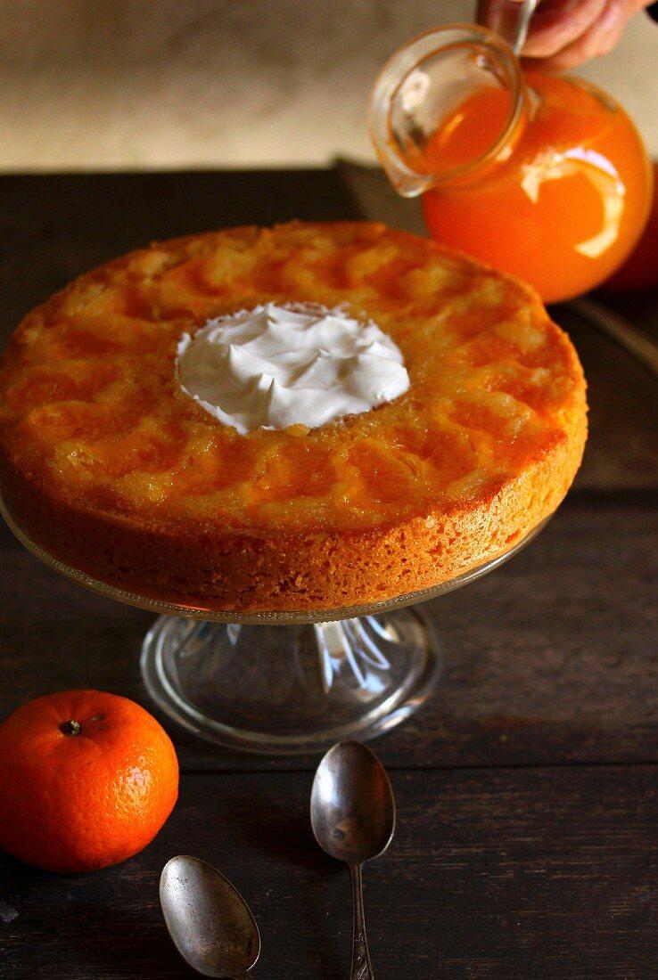 Moist clementine crown cake
