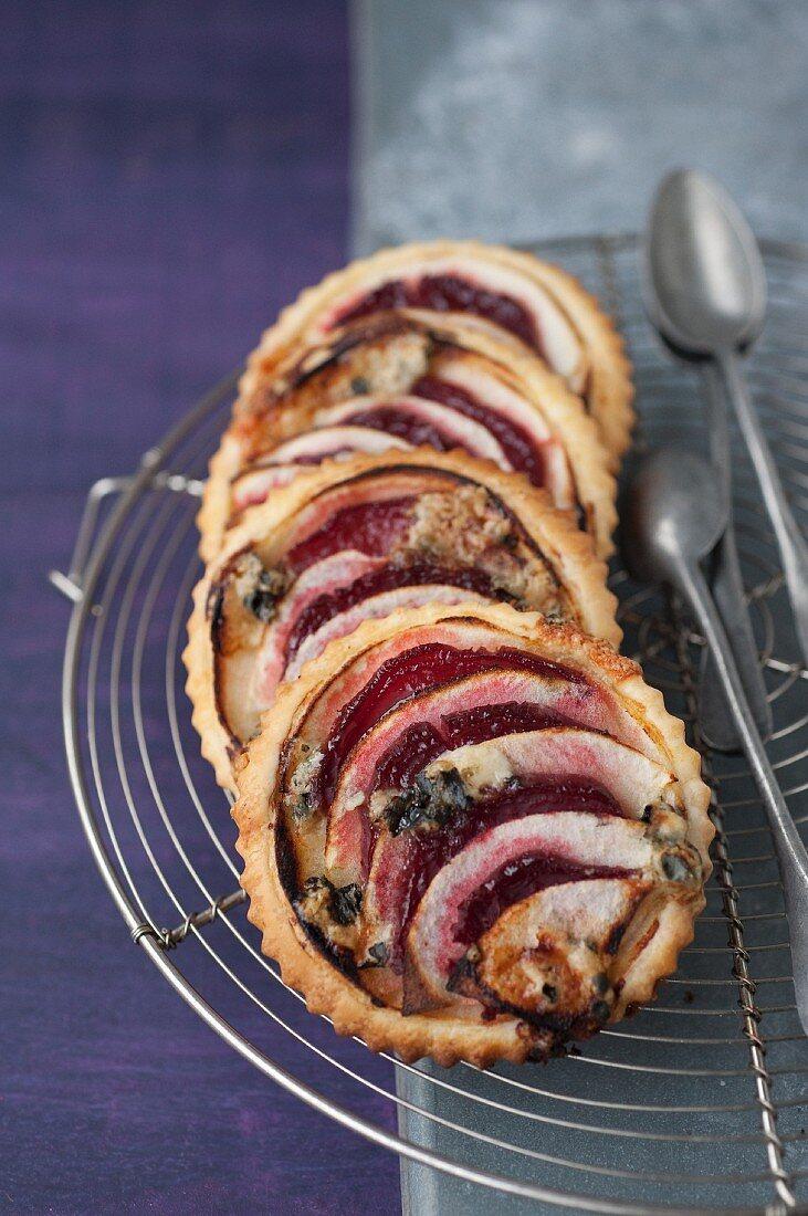 Beetroot,apple and horseradish tartlets