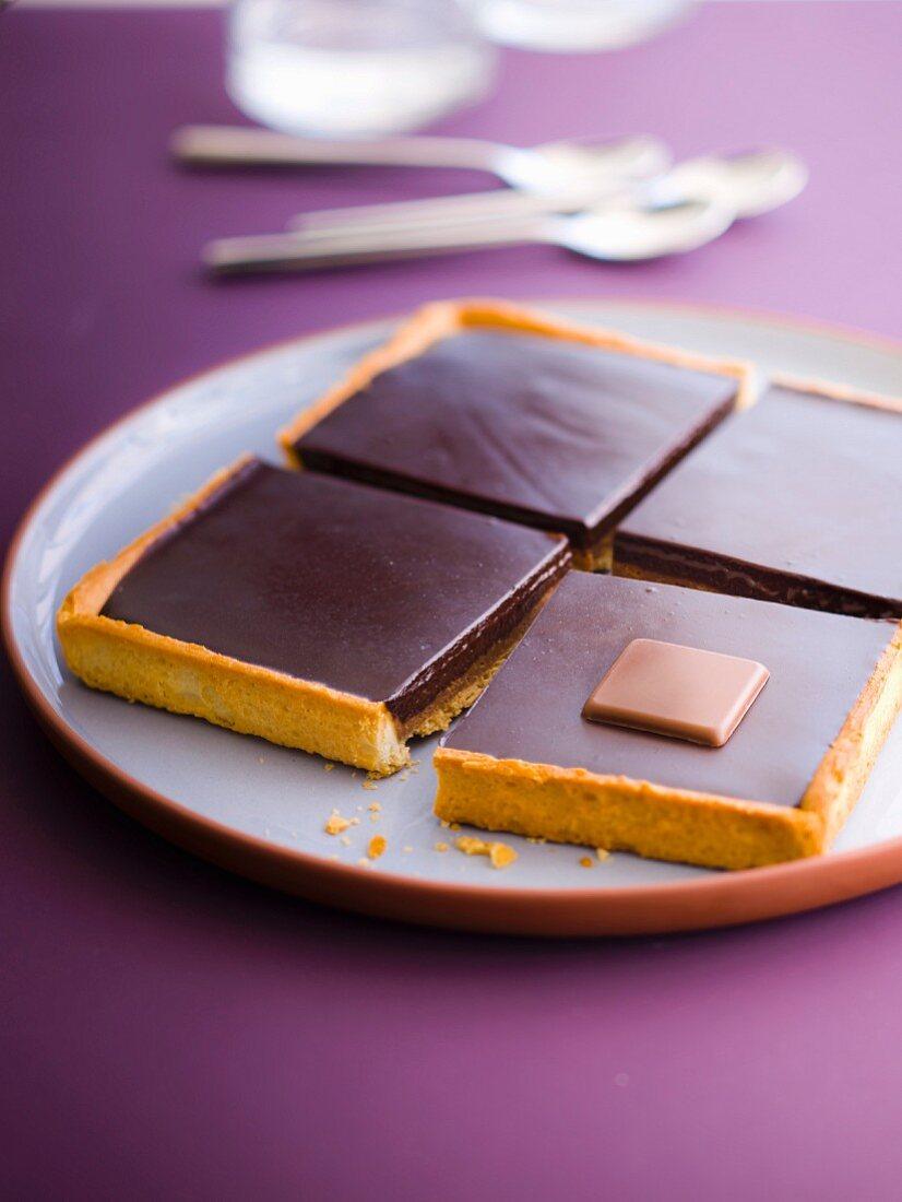 Dark chocolate ganache shortbread tart