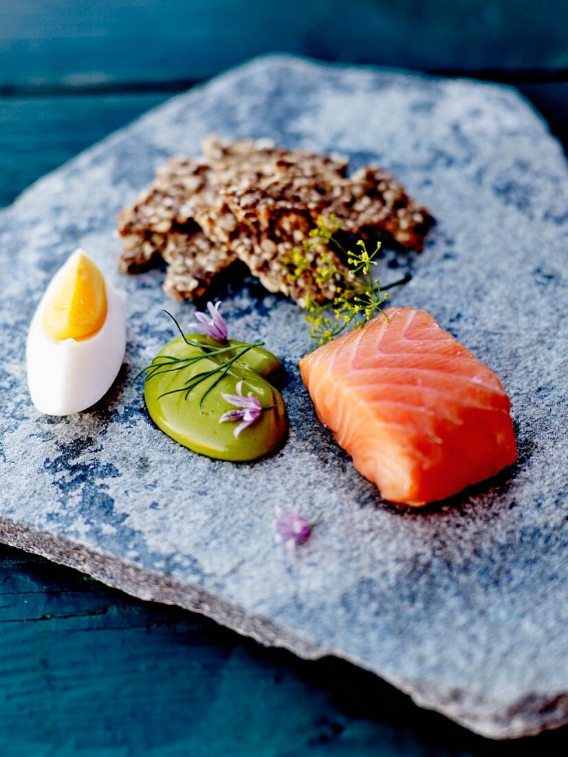 Home smoked salmon, dill mayonnaise, hard-boiled egg and cereal crackers