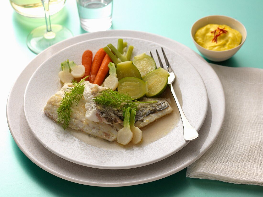 Hake fillets and steamed vegetables, saffron mayonnaise