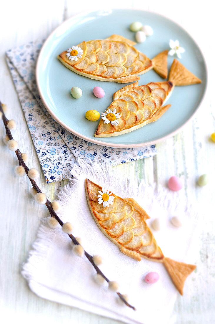 Easter fish apple tartlets