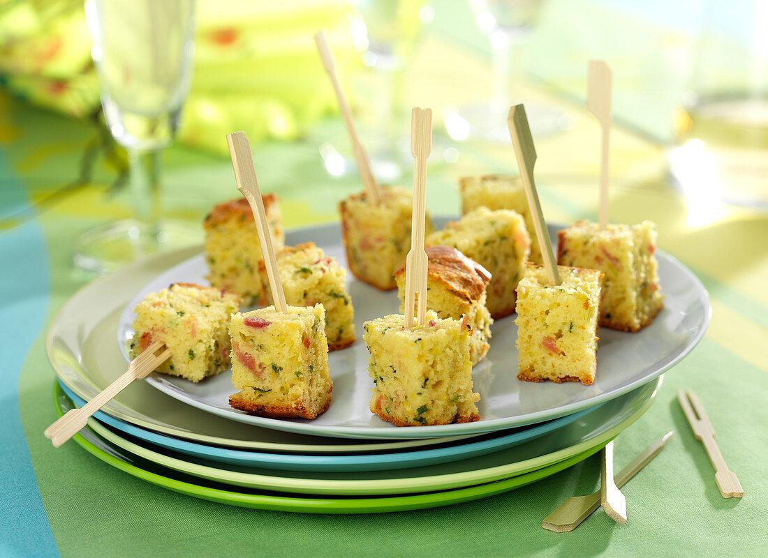Courgette-ham cake bites