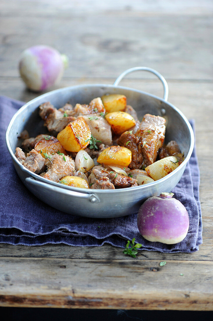 Veal and caramelized turnip casserole