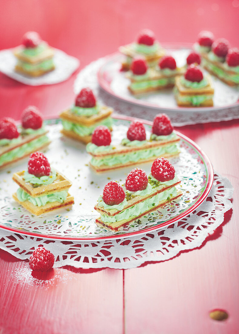 Wafer,pistachio mousse and raspberry Mille-feuilles