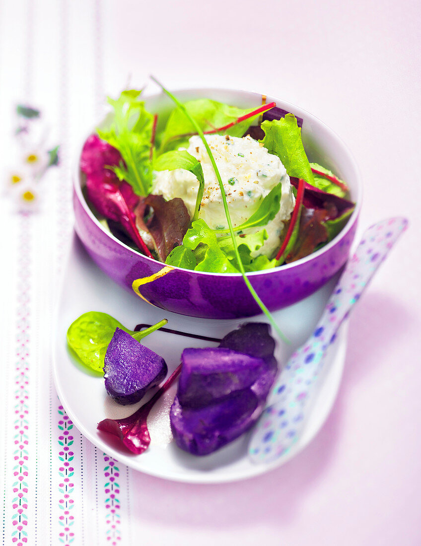 Salad with faisselle