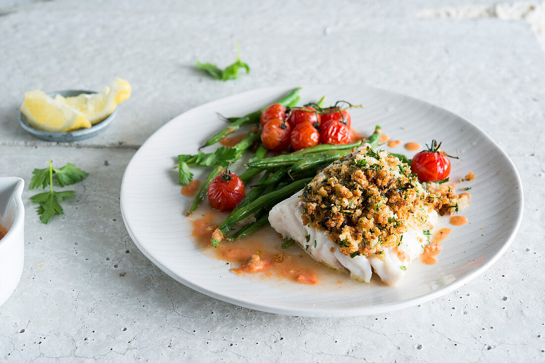 Pollock in crumble, green beans and cherry tomatoes