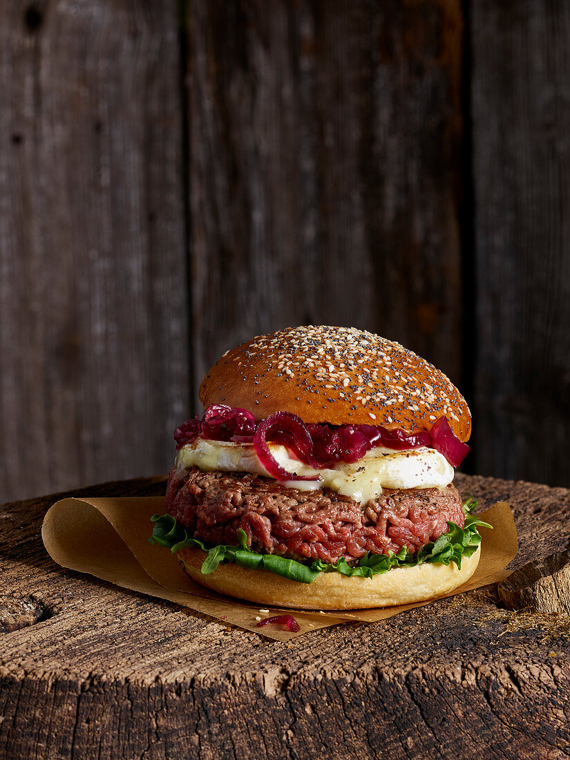 Beef,Camembert cheese and red onion French hamburger