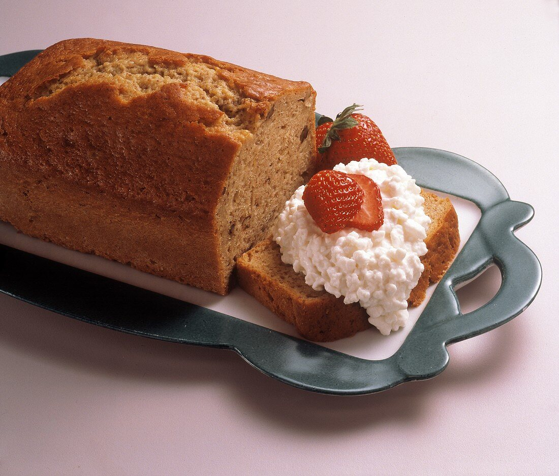 Banana Bread with Cottage Cheese and Strawberries