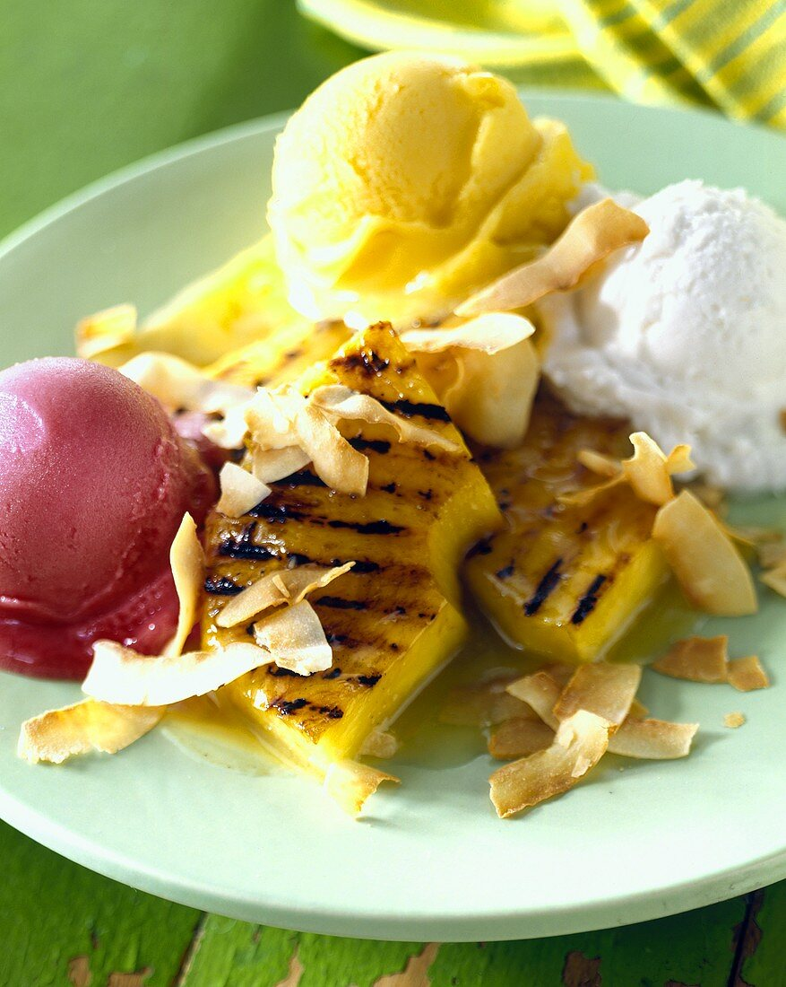 Fried pineapple rings with fruit sorbets