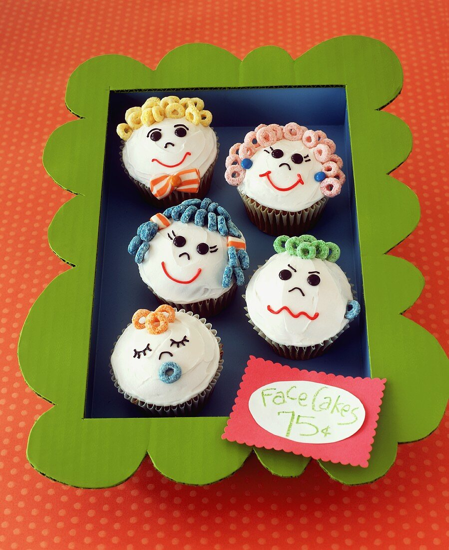 Family Face Cupcakes for a Bake Sale