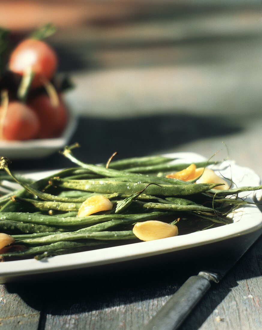 Roasted Green Beans with Garlic