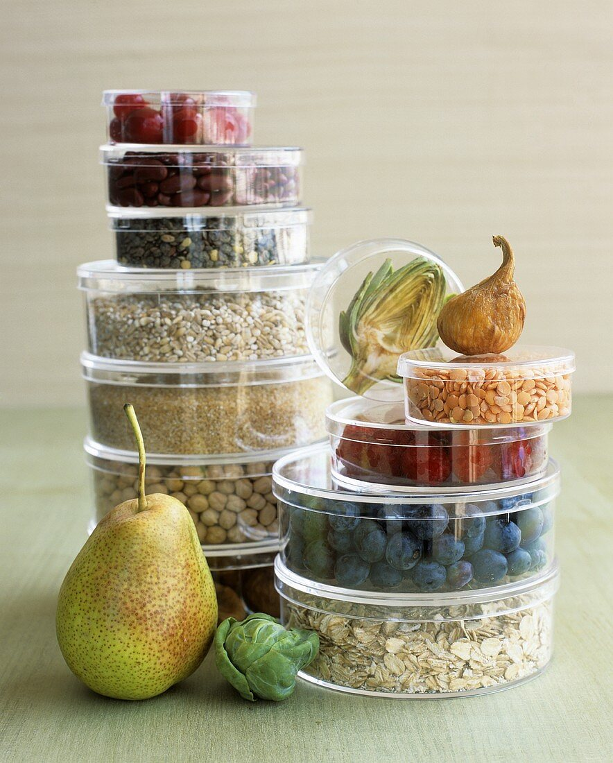 Food for a healthy diet: fruit, vegetables, oat flakes, grains