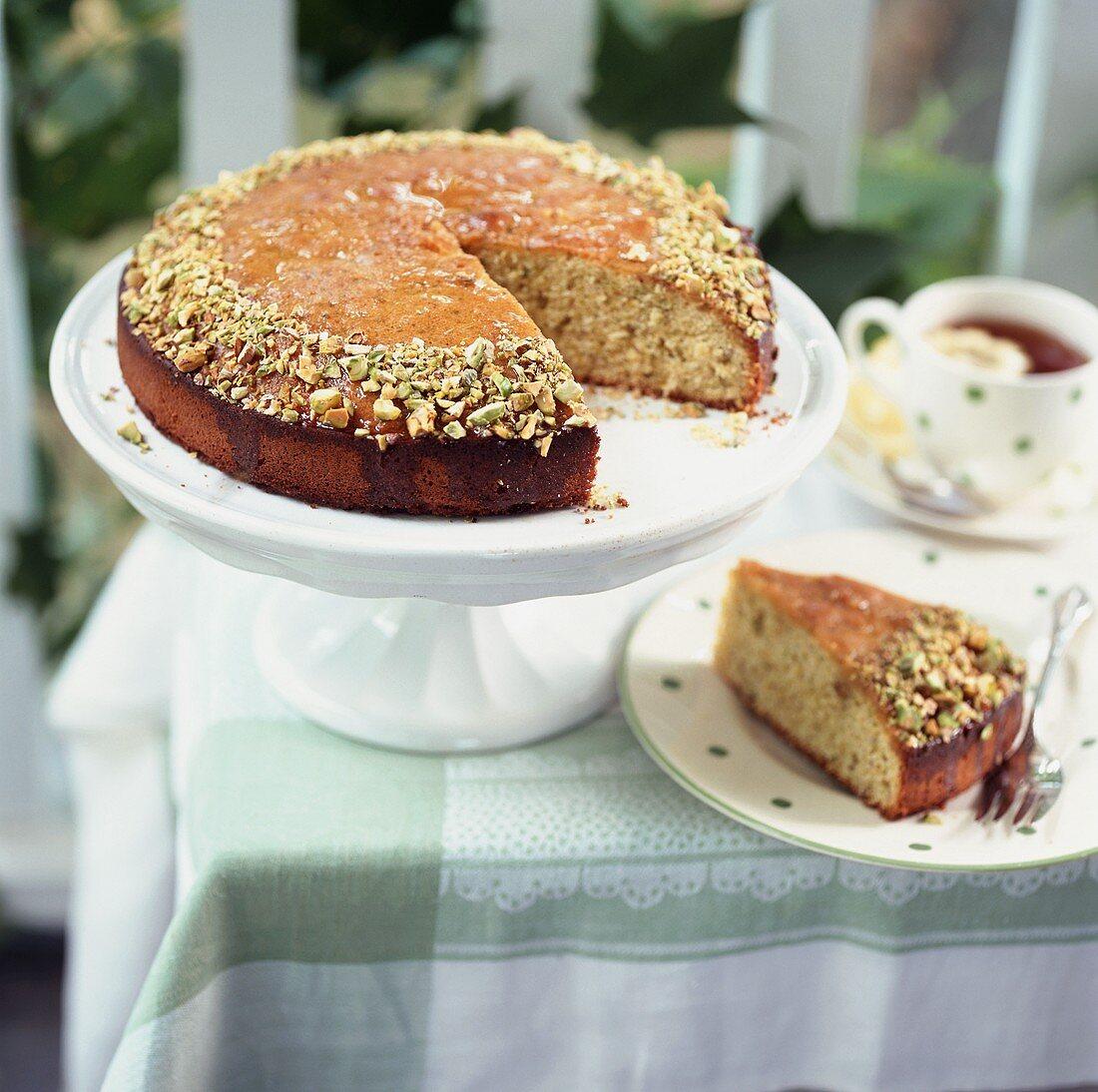 Honey and pistachio cake to serve with tea