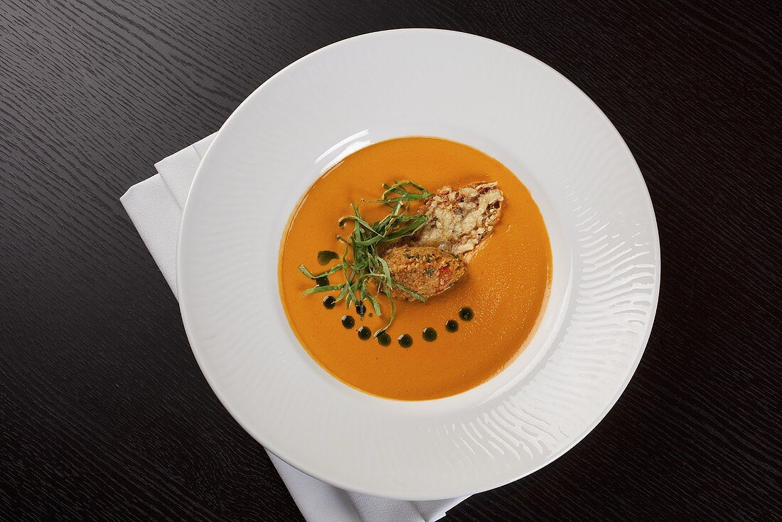 Tomato and pepper soup with Parmesan croutons
