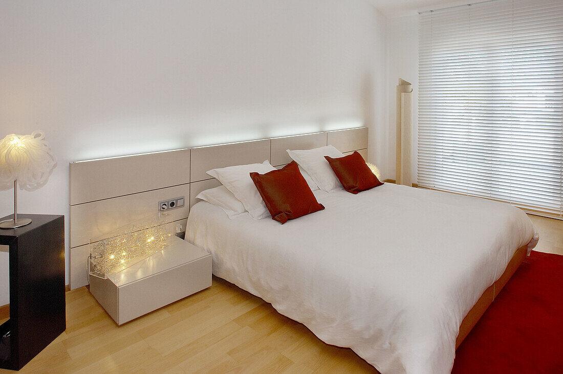 Bett Betten Dekoration Design Bild Kaufen 70116703 Lookphotos