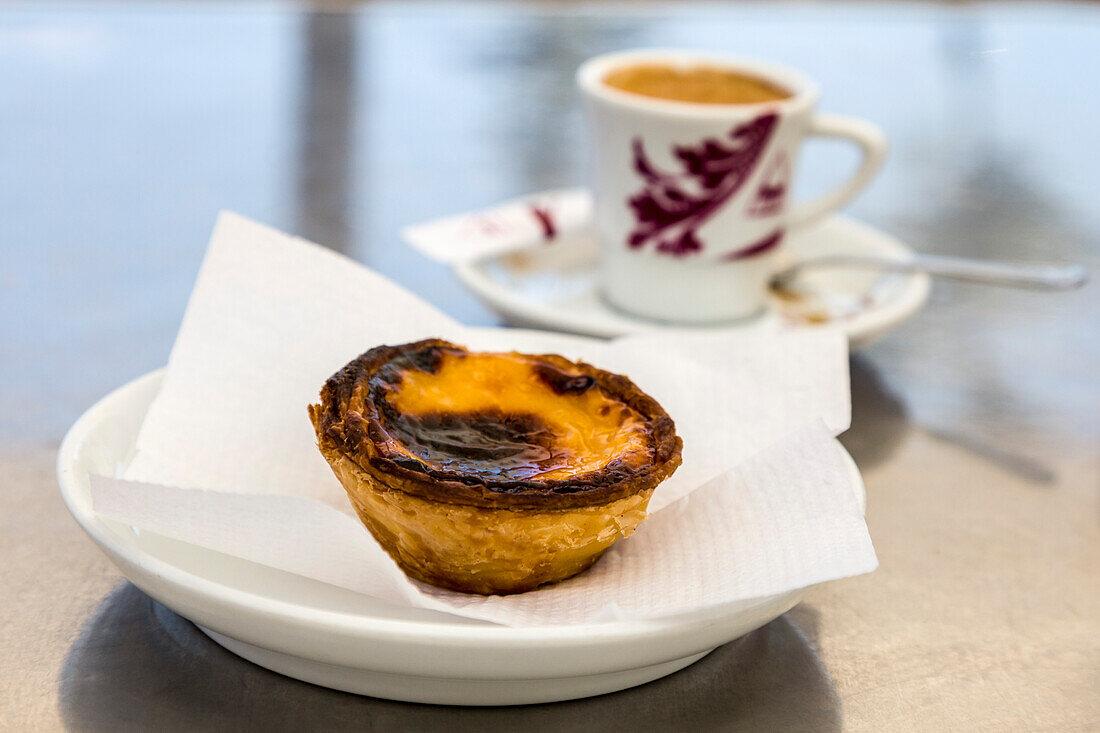 Pasteis de Nata, portugiesisches Gebäck, Algarve, Portugal