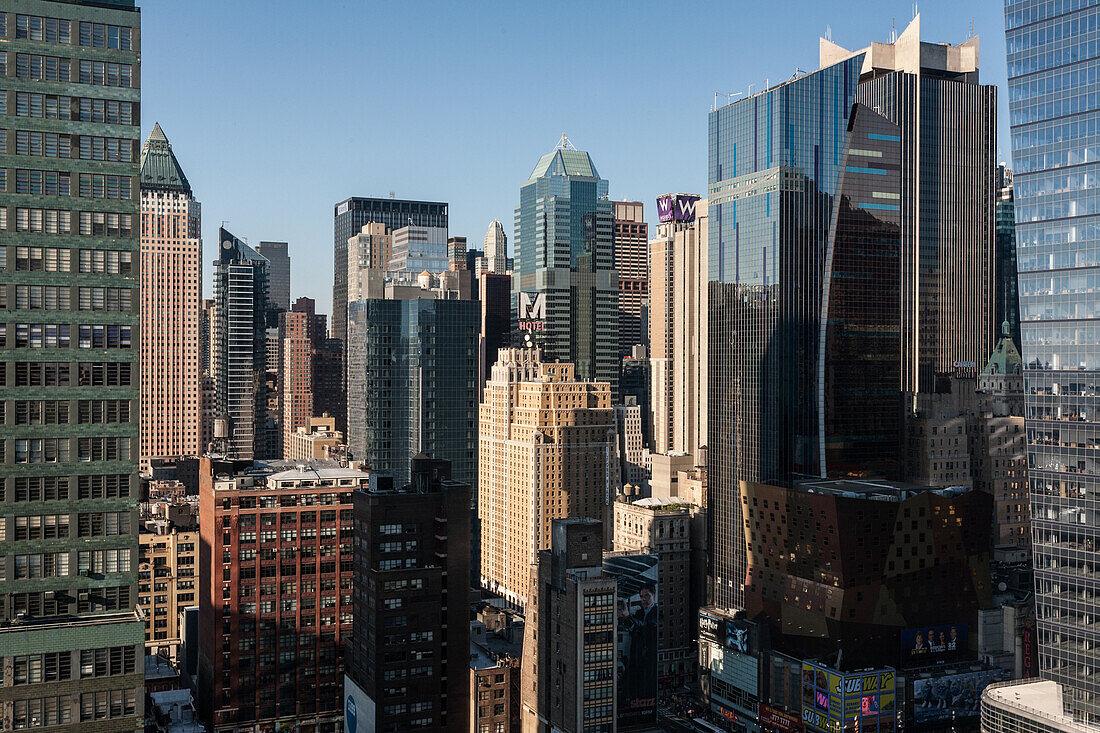 View over Midtown, Manhattan, New York, USA