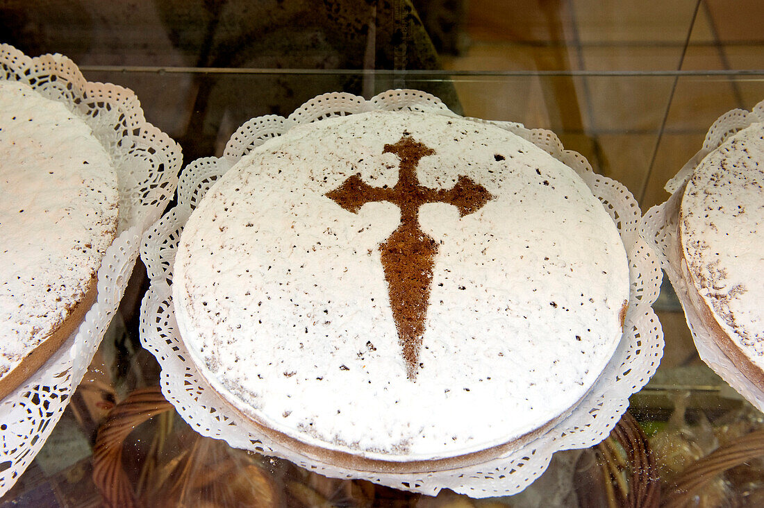 Spain, Galicia, Santiago de Compostela, listed as World Heritage by UNESCO, the abuela, a typical pie of Santiago