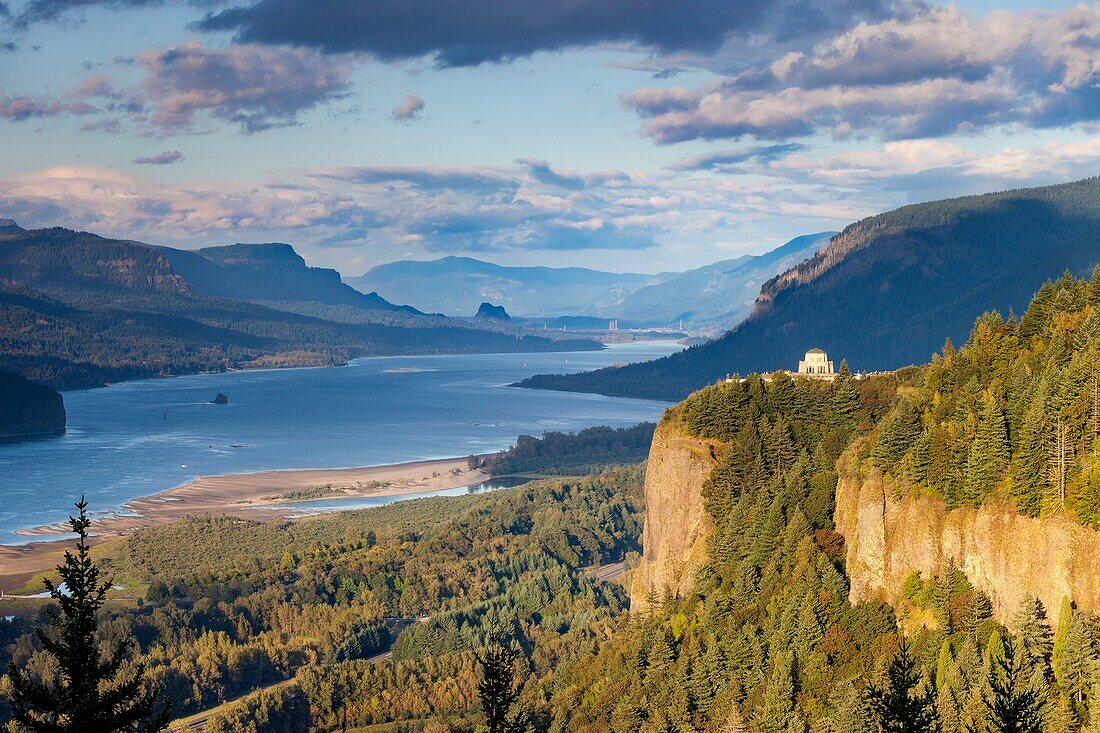 Overlooking the Vista House and the Columbia River Gorge, Oregon USA.