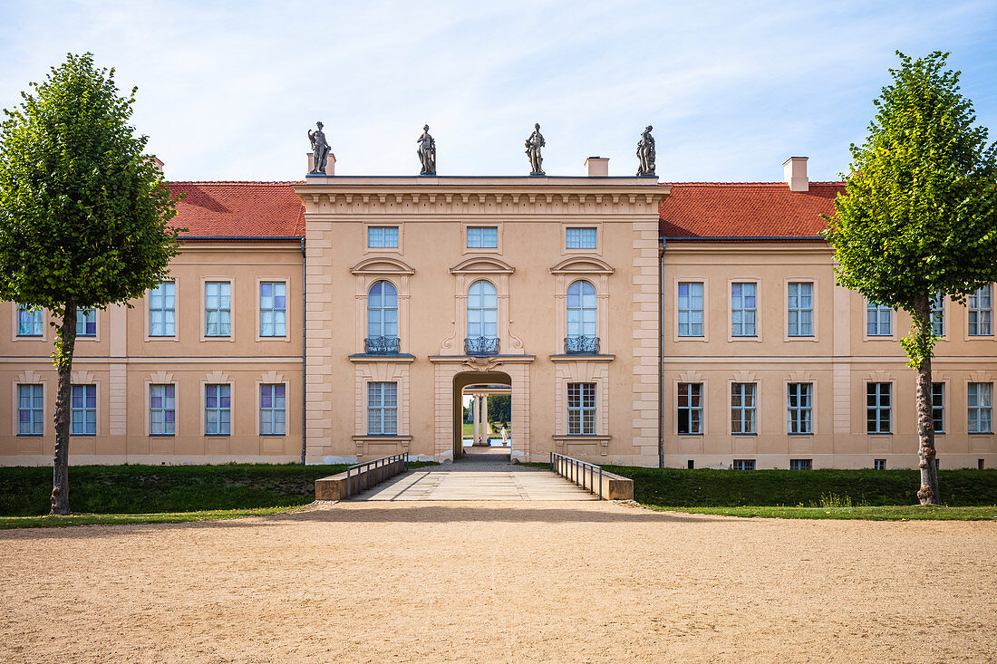 Rheinsberg Castle Access to the castle in front with the castle courtyard, Rheinsberg, Brandenburg, Germany