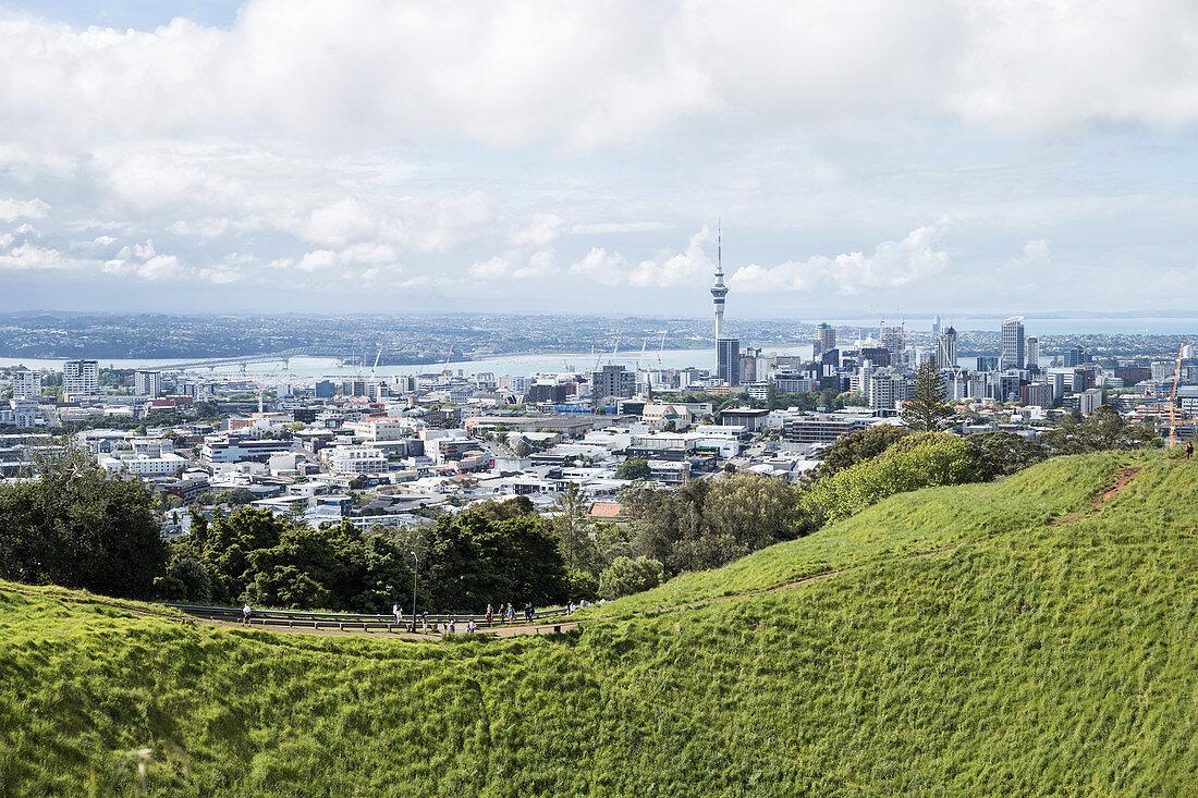 Mount Eden ist ein inaktiver Vulkan in Auckland, Neuseeland