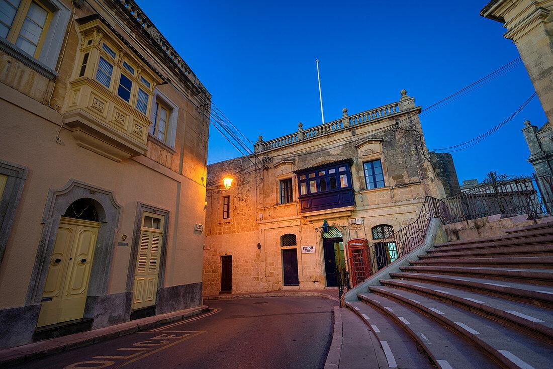 Nachts am Stadtrand von Valletta, Malta, Europa