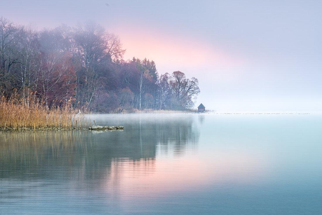 Autumn morning mood at Lake Starnberg, Bernried, Bavaria, Germany