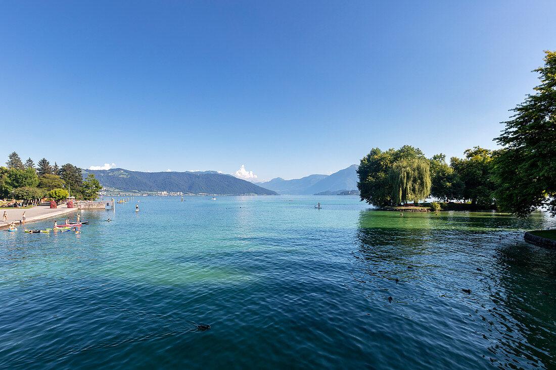 Zugersee von Cham im Kanton Zug, Schweiz