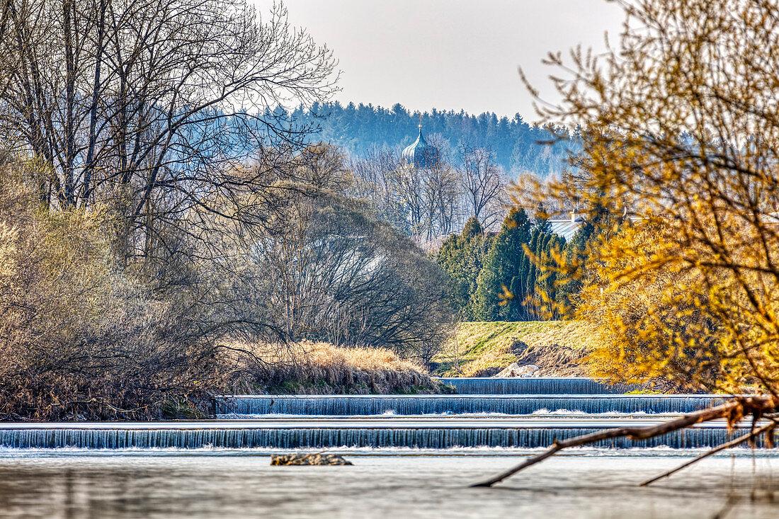 Mangfall Blick von Heufeld Richtung Bruckmühl, Bayern, Deutschland