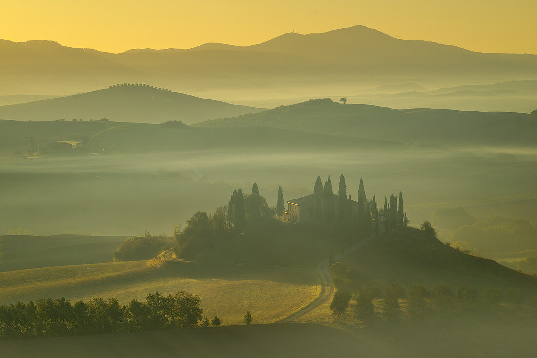 Autumn morning at San Quirico d'Orcia, Tuscany, Italy, Europe