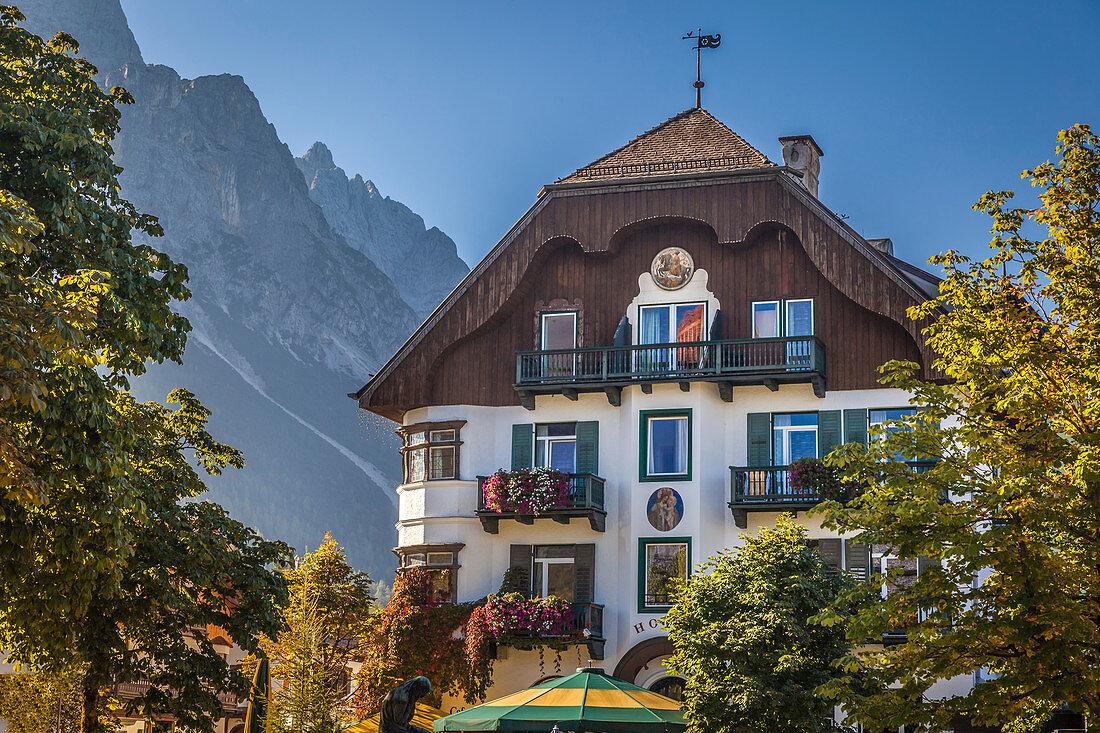 Historischer Gasthof in Ehrwald in Tirol, Tirol, Österreich