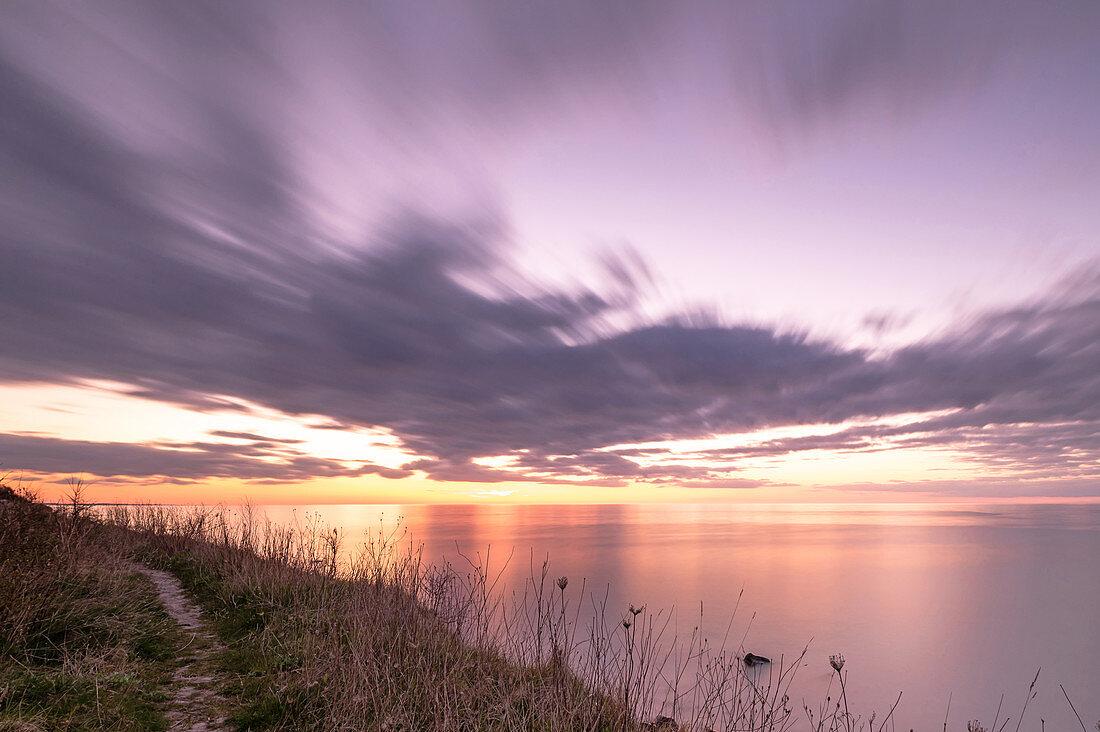 Evening mood on the steep coast in Heiligenhafen, Baltic Sea, Ostholstein, Schleswig-Holstein, Germany