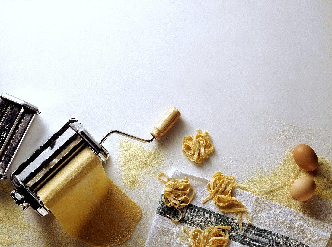 Pasta Maker; Home-made Noodles