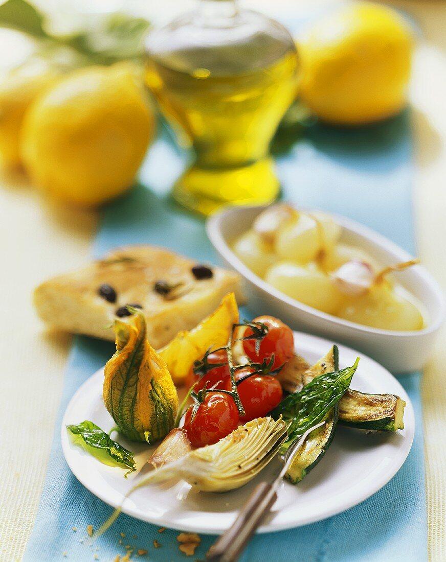 Antipasto e focaccia (Appetiser of vegetables and focaccia)