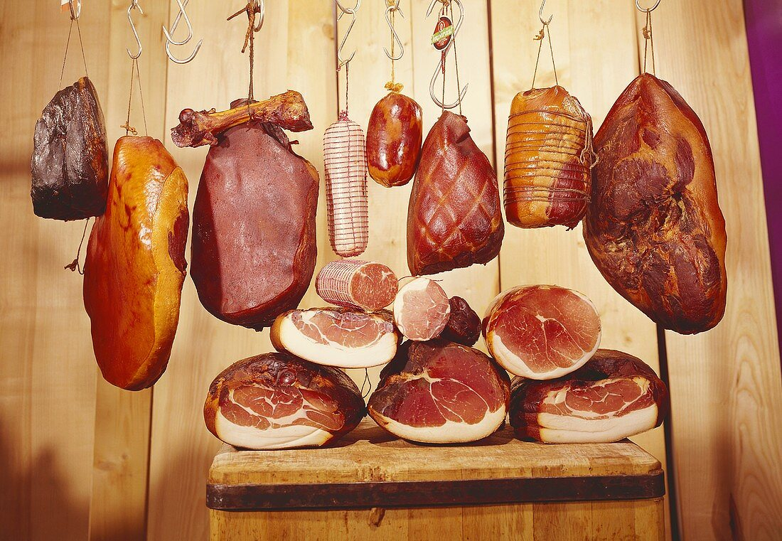 Various types of ham