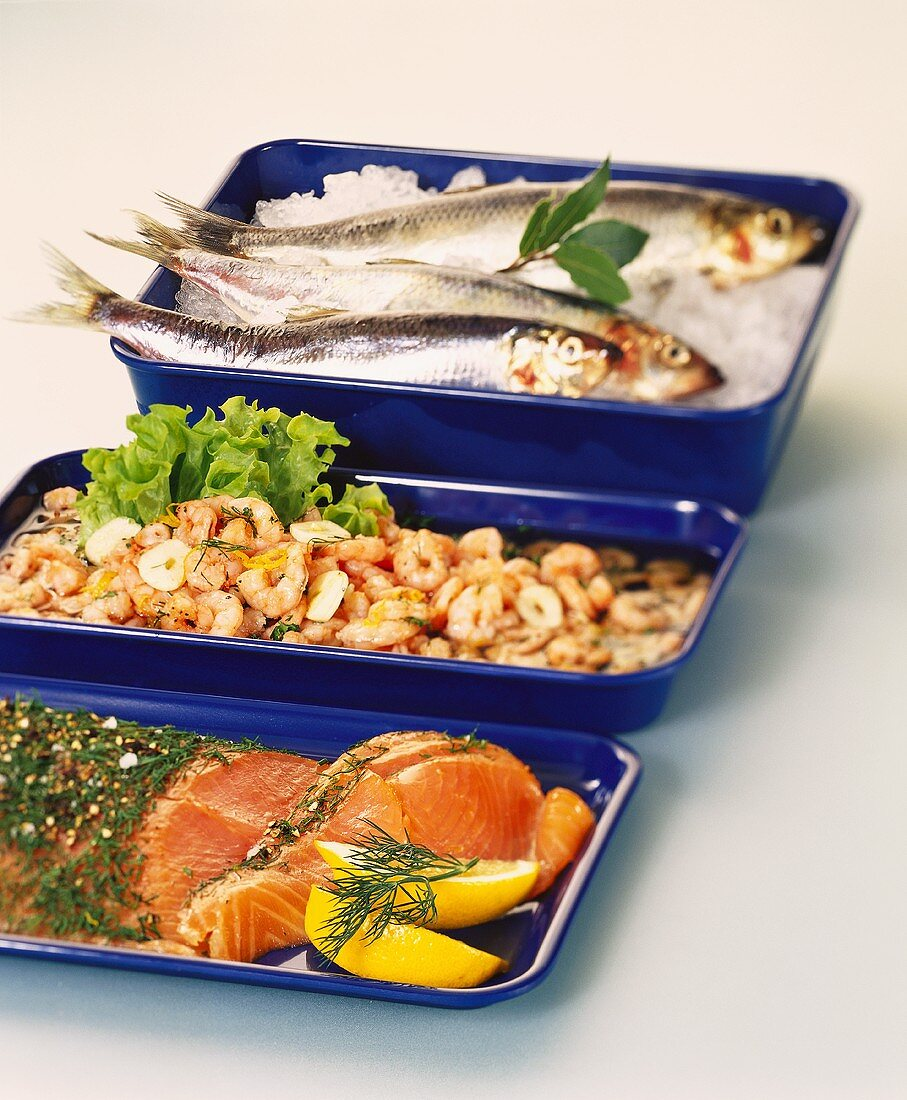Smoked salmon, shrimps and fresh sardines