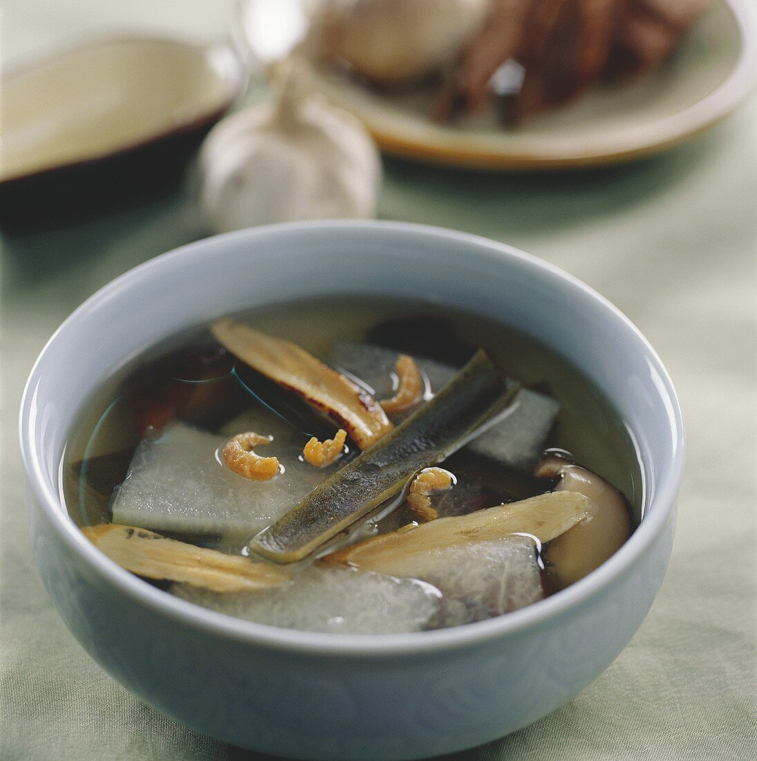 White gourd soup with seaweed and shrimps (China)
